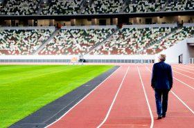 Ο Πρόεδρος Μπαχ συνάντησε αθλητές και είδε τις εγκαταστάσεις στο Τόκιο