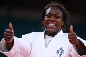 Tokyo 2020: French judoka Clarisse Agbegnenou wins the gold medal!